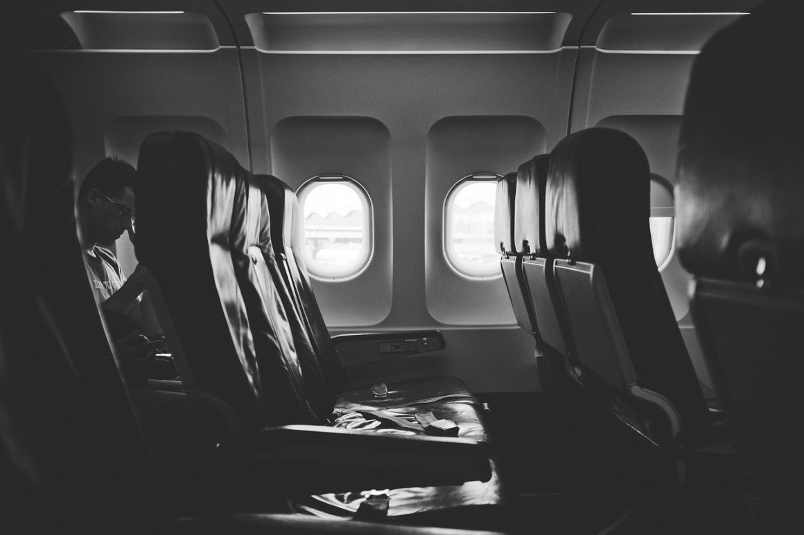 choose your seas in the plane before traveling